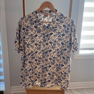 Woolrich floral cream bleu short sleeve Blouse XL